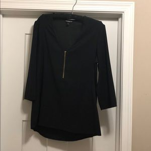 Size M Express lose fitting top